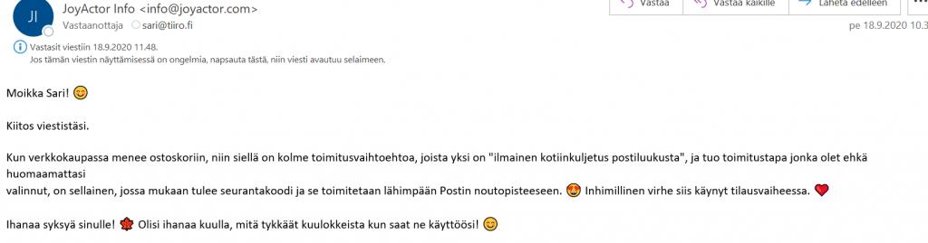 Sähköpostiviesti yrityksen asiakaspalvelusta. Huomaa hymiöt ja emojit.